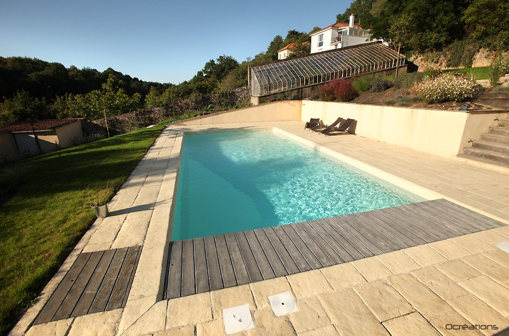 Piscines d ext rieur at for Choisir couleur liner piscine