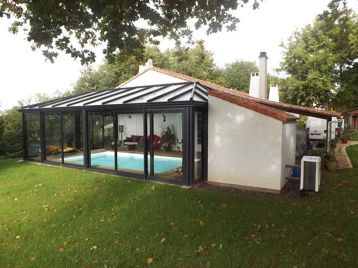 Piscines d int rieur at for Veranda piscine