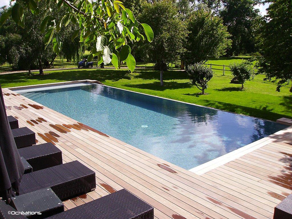 piscine d bordement at. Black Bedroom Furniture Sets. Home Design Ideas
